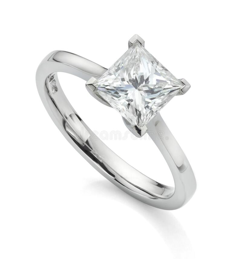 Free Square Princess Diamond Solitaire Ring Stock Photography - 184345052