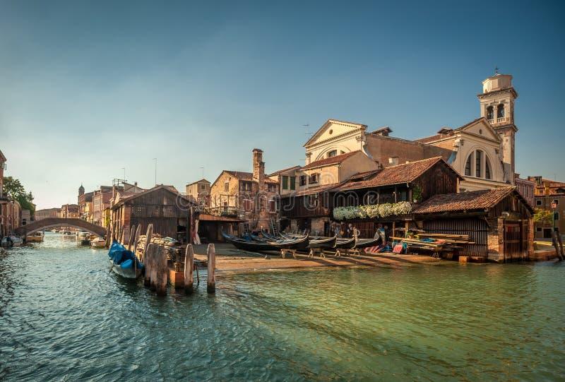 Squero圣Trovaso,长平底船造船厂在威尼斯,意大利 库存照片