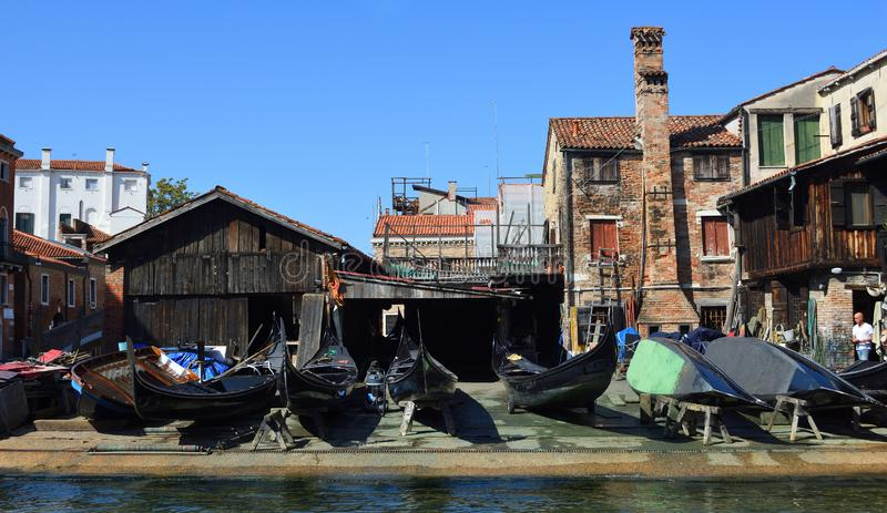 Squero di San Trovaso where gongolas are repaired. VENICE, ITALY - SEPTEMBER 26, 2017:  Squero di San Trovaso where gongolas are repaired stock images