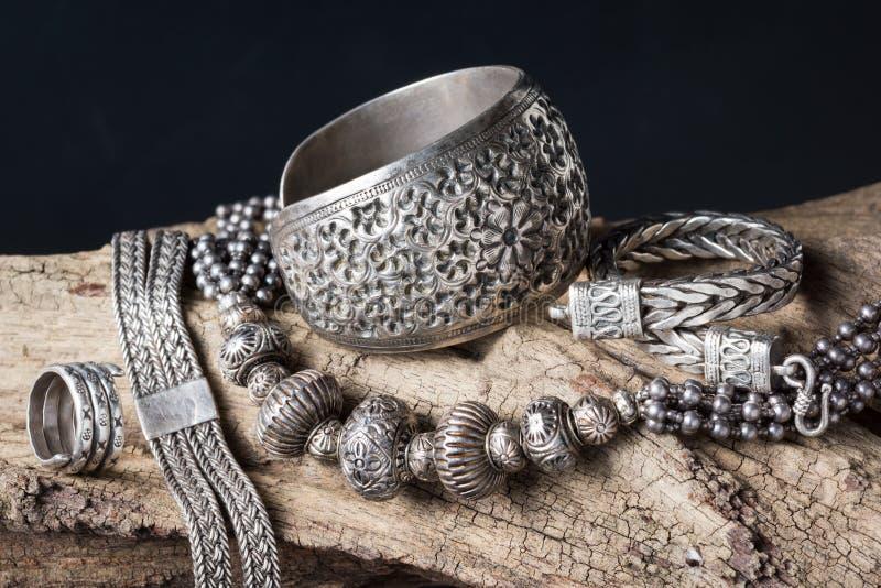 Srebna biżuteria zdjęcia royalty free
