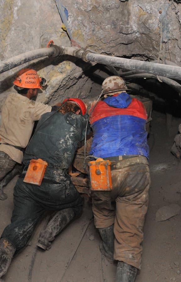 Srebna produkcja w kopalni zdjęcie royalty free