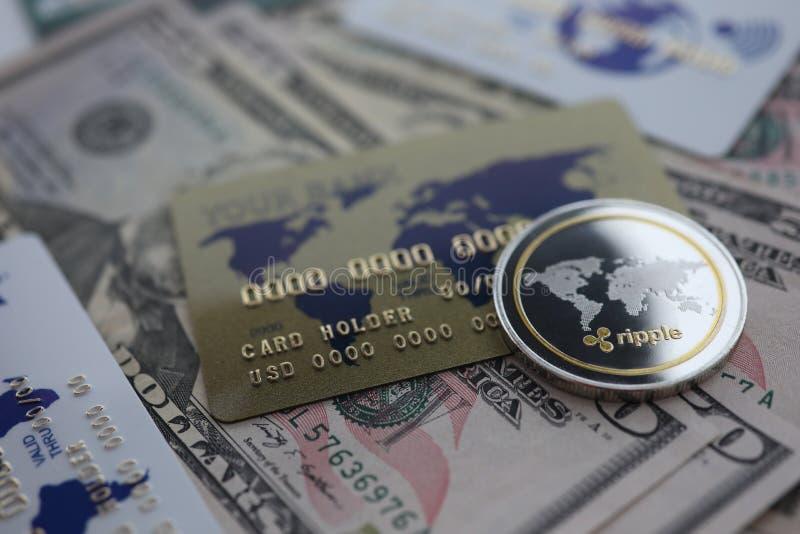Srebnej monety czochry XRP zbli?enia k?amstwo na stole fotografia royalty free