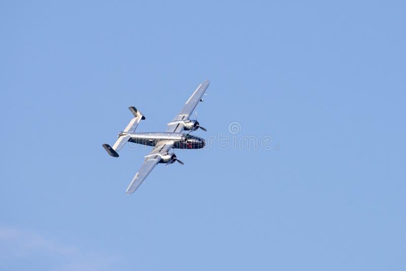 Srebny b 52 samolot od latających byków zespala się przy Bucharest pokazu lotniczego międzynarodową tendencyjnością zdjęcie stock