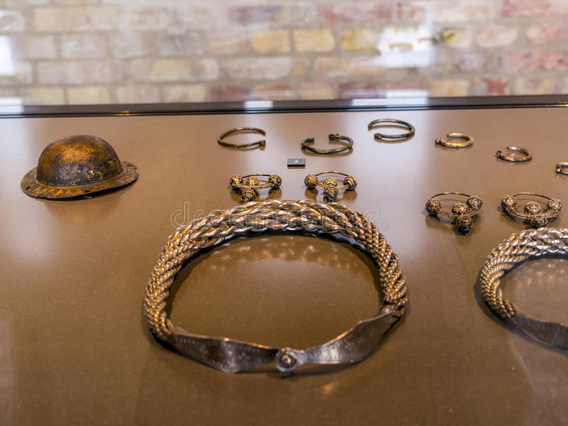 Srebny jewellery Hoard w muzeum W Berlińskim Niemcy zdjęcia royalty free