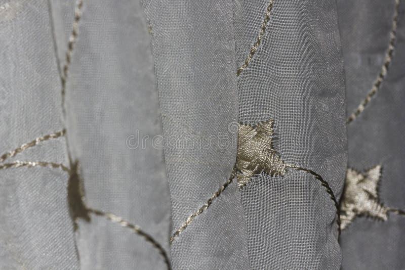 Srebra & złota zasłony story Deseniowych fałdów Makro- zakończenie zdjęcie stock