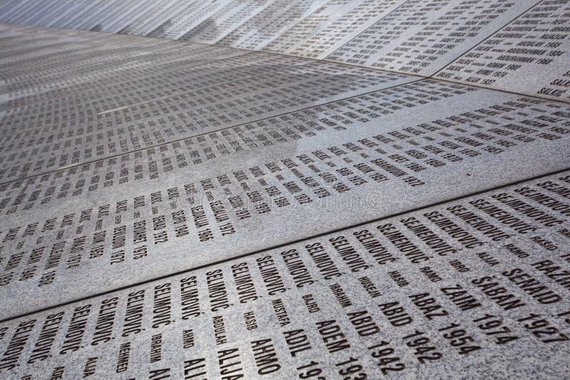 Srebrenica - cementerio del monumento de Potocari fotos de archivo libres de regalías