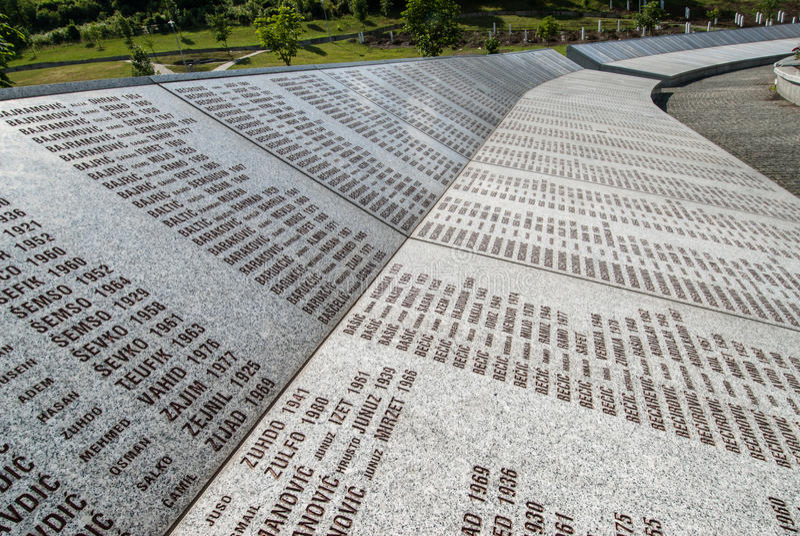 Srebrenica folkmordminnesmärke arkivfoto
