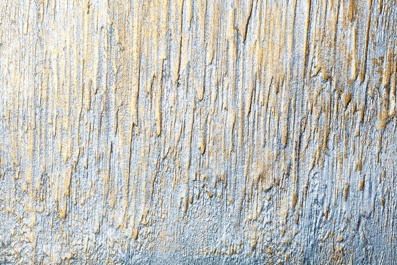 Srebro i złoty prążkowany ścienny sztukateryjny tekstury tło zdjęcie stock