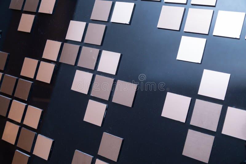 Srebro kwadraty na czarnym tle zdjęcie stock