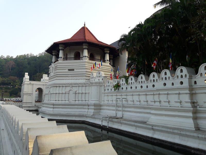 Sri Dalada Maligawa ou o templo do dente imagens de stock royalty free