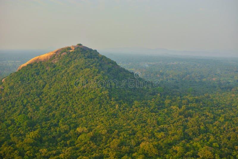 Sri Lanka Sigirya berg royaltyfria bilder