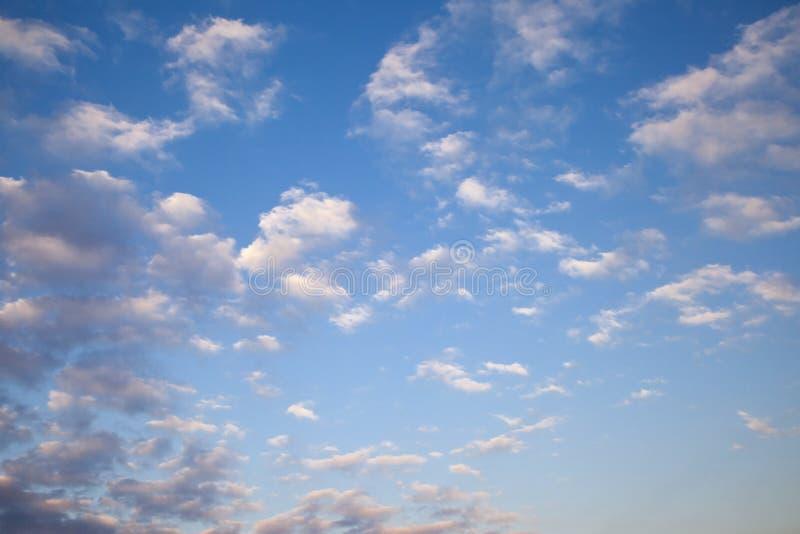 Ssky nuvoloso immagini stock libere da diritti