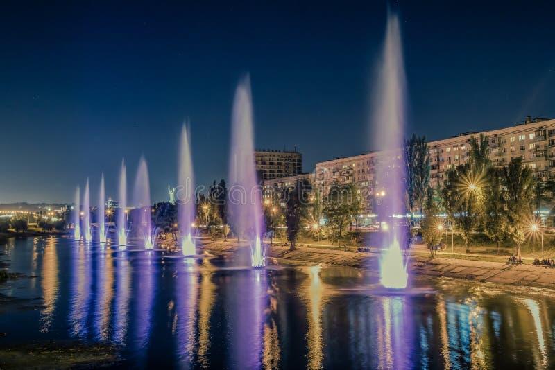 Städtische Brunnen stockfoto