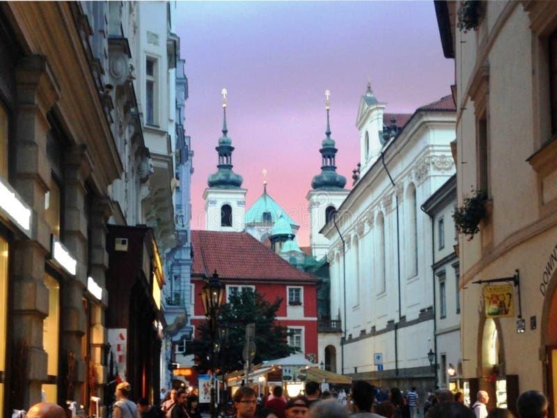 Städtische Gebäude in Prag, am 17. August 2017 stockfotografie