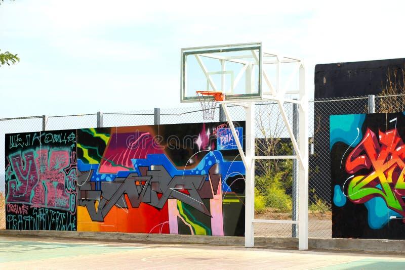 Städtischer Basketballkorb Spiel lizenzfreie stockfotos