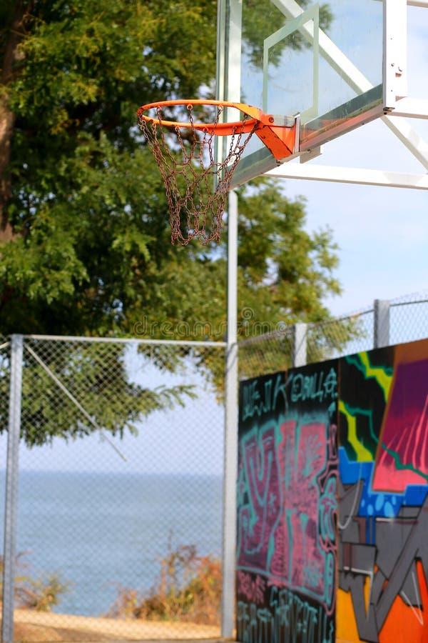 Städtischer Basketballkorb Spiel lizenzfreie stockfotografie