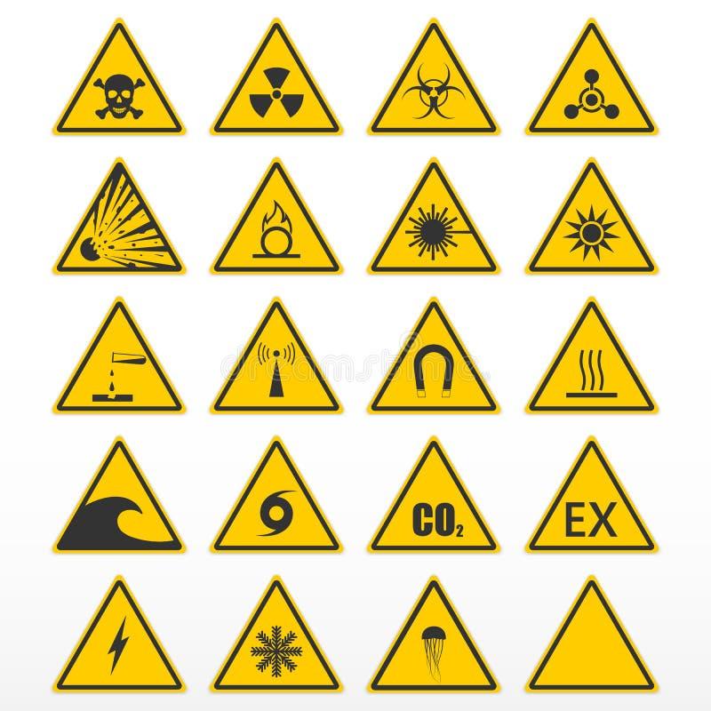ställ in att varna för tecken Gula trianglar som farasymboler vektor illustrationer