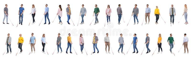 Ställ in av blint folk med långa rottingar på vit arkivfoto