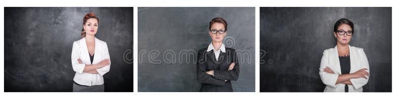Ställ in av den allvarliga lärarekvinnan som ser dig på svart tavla royaltyfria foton