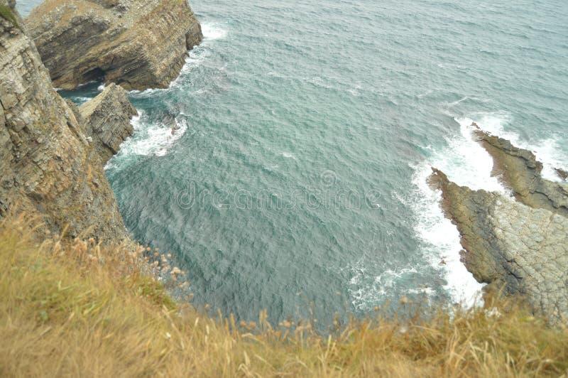 Ställ in av härliga klippor på Cabo De Vidio Juli 30, 2015 Landskap natur, lopp asturias cudillero spain royaltyfri fotografi