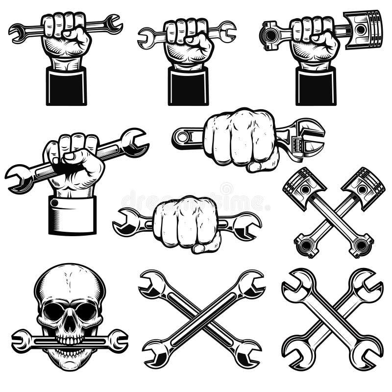 Ställ in av handen med arbetehjälpmedel, skiftnycklar Tjänstgörande mekaniker Planlägg beståndsdelen för logoen, etiketten, emble vektor illustrationer