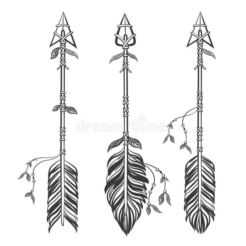 Ställ in etniska pilar med fjädrar Boho stil vektor illustrationer