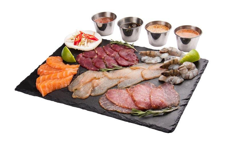 St?ll in med mellanm?lingredienser f?r thail?ndskt galler asiatisk kokkonst royaltyfria foton