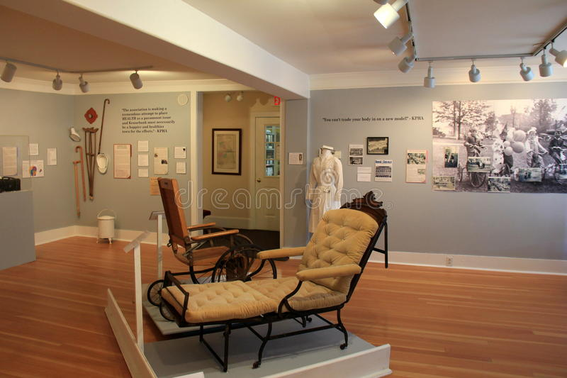 Ställ ut att täcka de tidiga dagarna av sjukdomen och medicin, tegelstenlagermuseet, Maine, 2016 arkivbild
