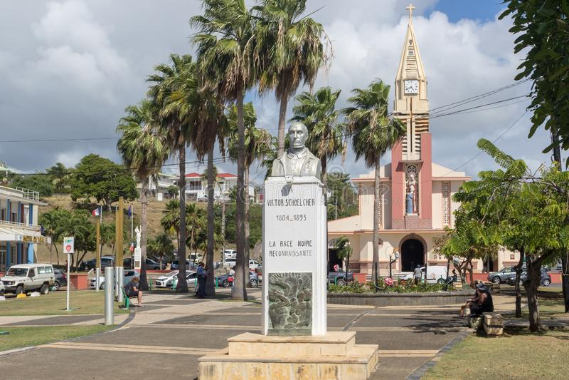 Ställe Schoelcher för huvudsaklig fyrkant i staden Sainte-Anne, Guadeloupe royaltyfri fotografi