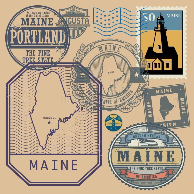 Stämpla uppsättningen med namnet och översikten av Maine stock illustrationer