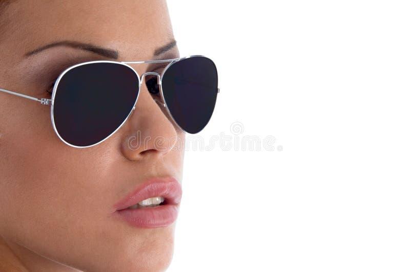 stäng model solglasögonsiktsslitage fotografering för bildbyråer