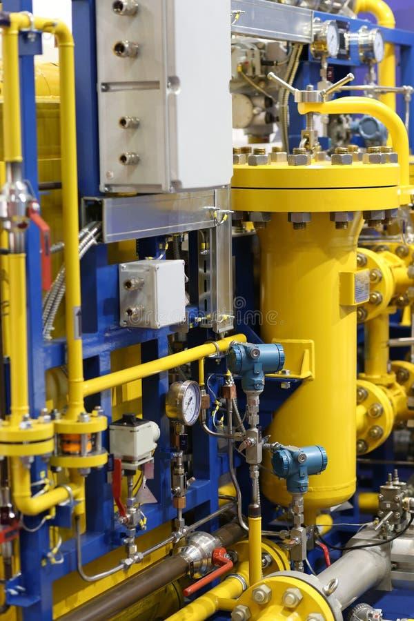 Stäng sig upp av barometern i naturgasproduktionbransch royaltyfri foto