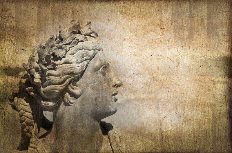 Stäng sig upp på ett klassiskt statyhuvud, tappningprocess arkivbilder