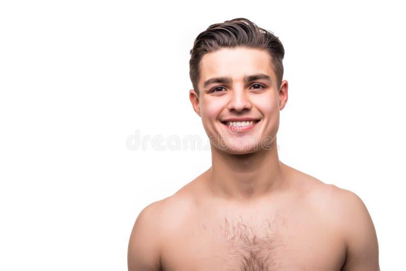 Stäng sig upp ståenden av den stiliga topless mannen som isoleras på vit bakgrund arkivfoto