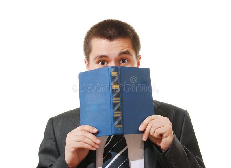 stängande framsida för bokaffärsman hans förskräckt royaltyfria bilder