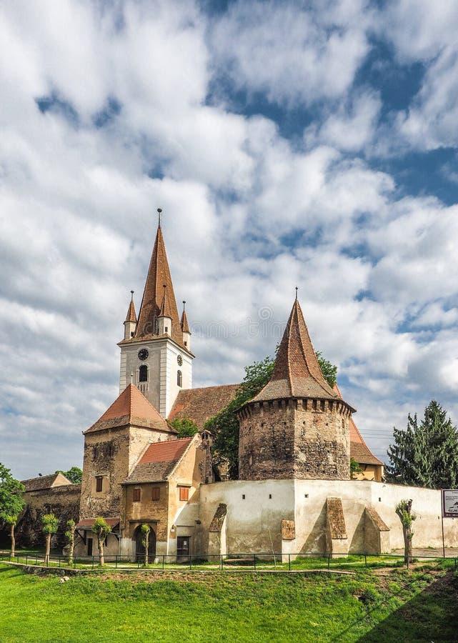 Stärkt katolsk kyrka i Cristian Sibiu Romania UNESCOheri arkivbilder