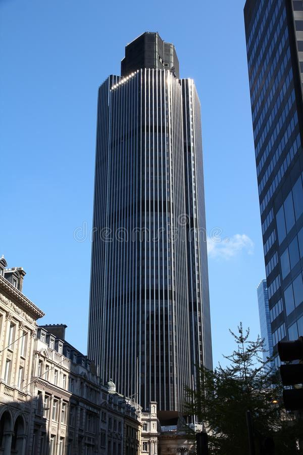 Stå hög 42, London royaltyfri bild