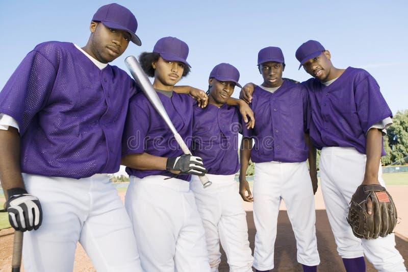 Stående av baseball Team Mates royaltyfri bild