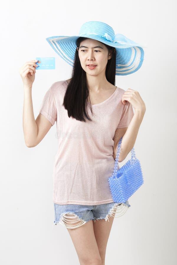 Stående av den asiatiska unga härliga flickan royaltyfri bild