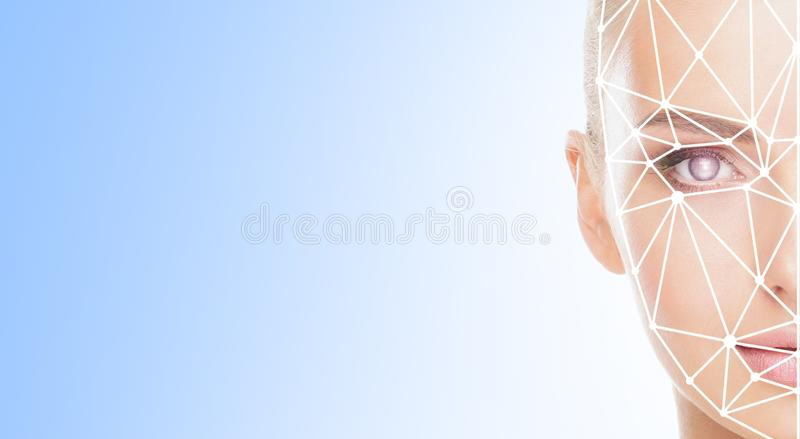 Stående av den attraktiva kvinnan med ett scnanning raster på hennes framsida FramsidaID, säkerhet, ansikts- erkännande, framtida fotografering för bildbyråer