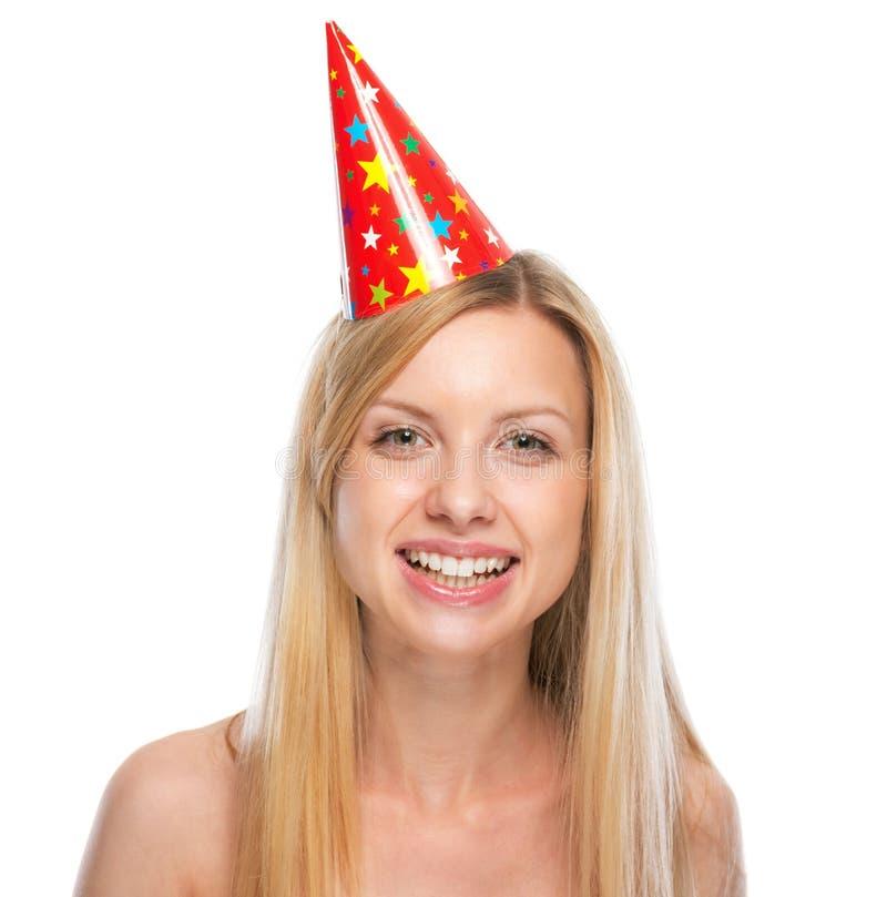 Stående av den lyckliga unga kvinnan i partilock royaltyfri foto