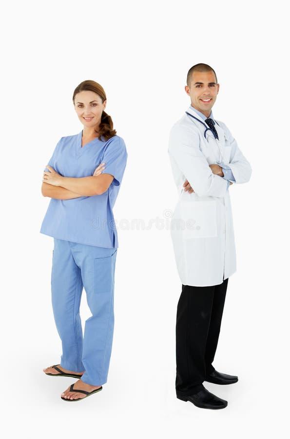 Stående av den medicinska personalen i studio royaltyfri bild