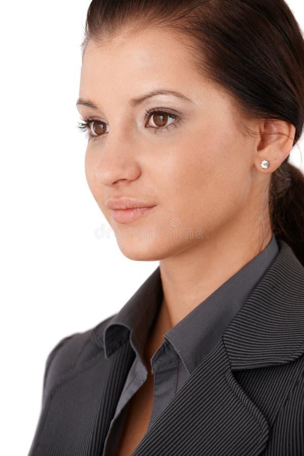 Stående av den nätt affärskvinnan royaltyfri bild