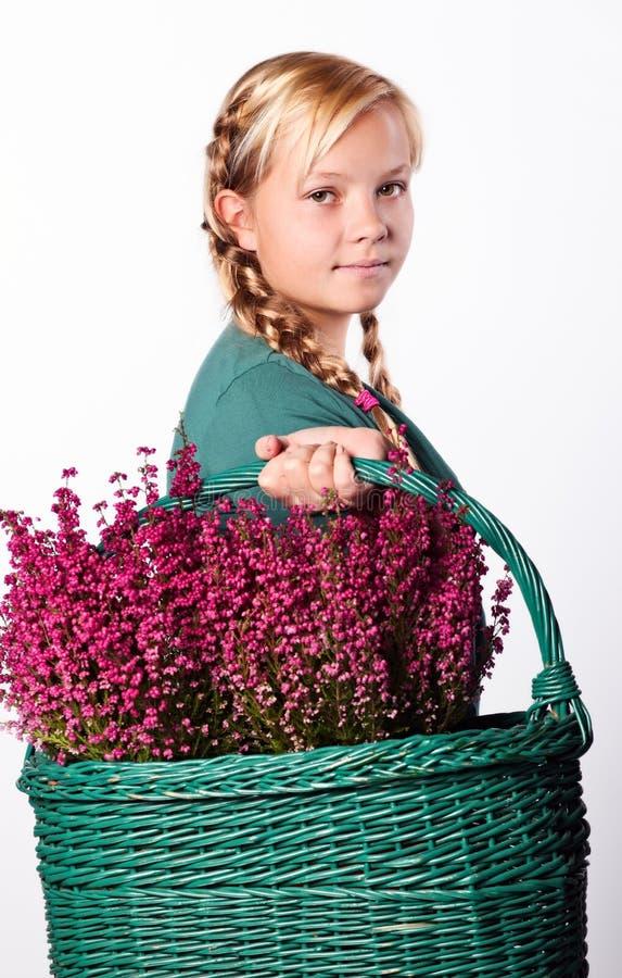 Stående av den unga härliga teen flickan royaltyfria foton