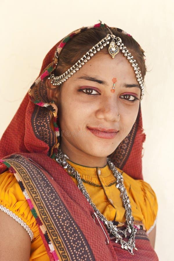 Stående av en gullig Rajasthan flicka royaltyfri foto