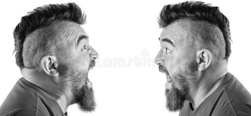 Stående av en man med en mohawk arkivfoton