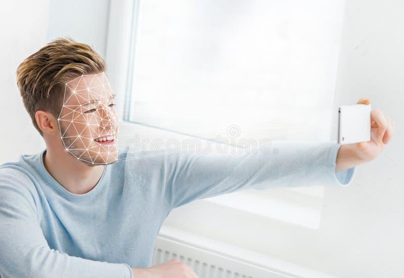 Stående av en man med ett scnanning raster på hans framsida FramsidaID, säkerhet, ansikts- erkännande, framtida teknologi royaltyfria bilder