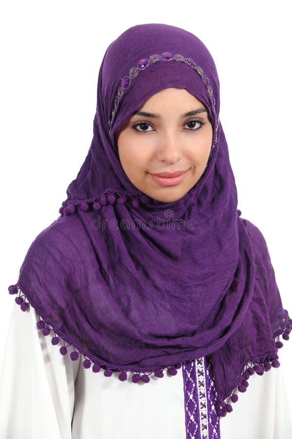 Stående av en muslimkvinna royaltyfri bild