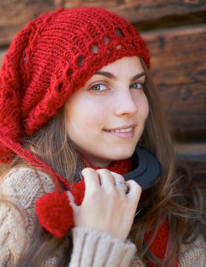 Stående av en ung flicka royaltyfri fotografi