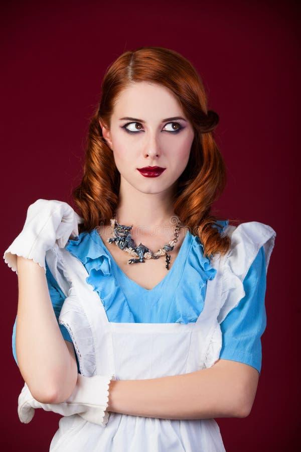 Stående av en ung rödhårig mankvinna royaltyfria bilder
